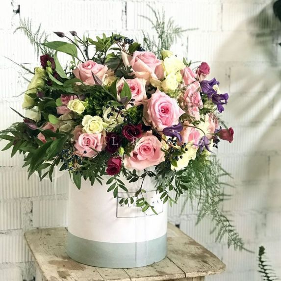 Sombrerera de Rosas Rosas